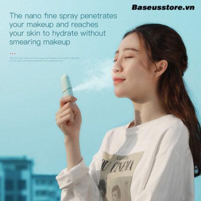 may-phun-suong-cam-tay-baseus-portable-moisturizing-mini-sprayer-1